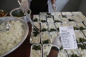 Volunteers feed COVID-19 patients, doctors in Nepal hospital
