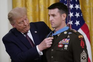 Trump lauds Medal of Honor recipient for hostage rescue