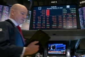 S&P 500 sinks 3.5% as surging virus cases lead to shutdowns