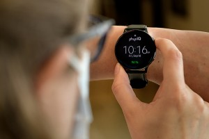 Purdue University study detects earliest signs of COVID-19 from smartwatch data