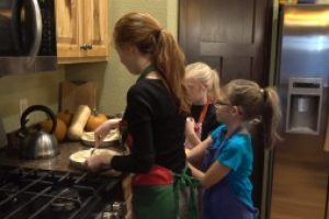 Local family to surprise first responders with sweet Thanksgiving treats