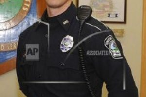 Police officer pays for shoplifting suspects' holiday dinner