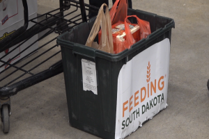 SDSM&T students lend a hand to Feeding South Dakota for MLK Day