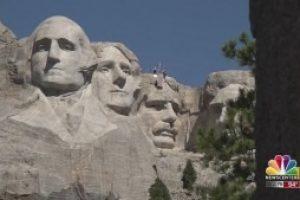 Naturalization ceremony returns to Mount Rushmore
