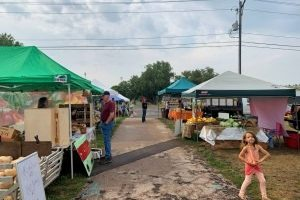"""I love the sense of community"" – local vendors celebrated during Farmer's Market Week"