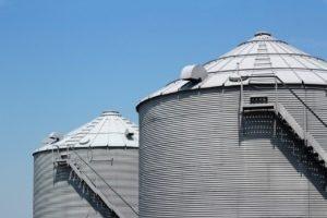 3 members of South Dakota family sentenced for grain fraud